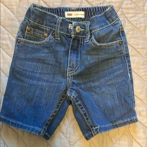 Toddler boy Levi's shorts